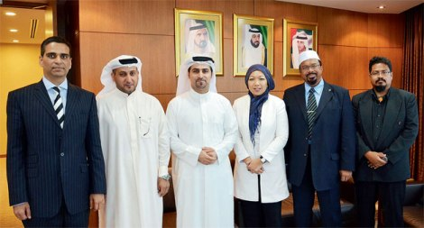 From Left: KasehDia Capital Managing Director Mr Love Yadav, Dubai Consultancy  CEO Walid Hareb Al Falahy, Dubai FDI CEO Fahad Al Gergawi, IHI Alliance Executive Director Jumaatun Azmi, IHI Alliance Executive Director (Shariah) Rafek Saleh and IHI Alliance Halal & Quality Assurance Lead Auditor Dr. Mohamed Shahrizan Mohd. Ibrahim